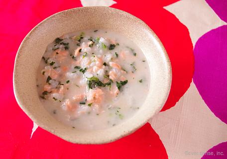 鮭とほうれん草のミルク粥